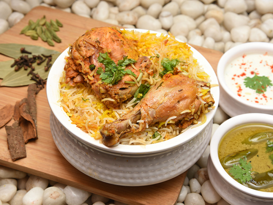 1581514449-CHICKEN BIRYANI .jpg