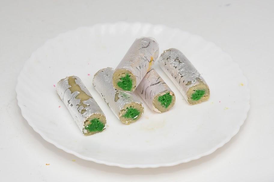 Kaju-Pista-Roll1.JPG
